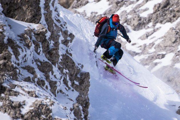 Steep skiing stage