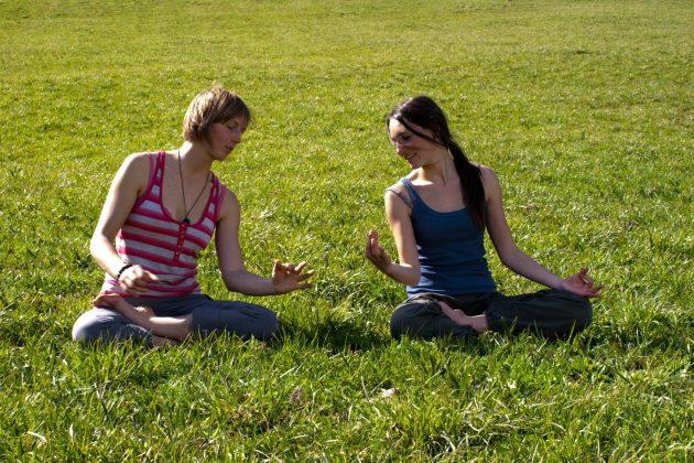 Tania Detomas – Yoga