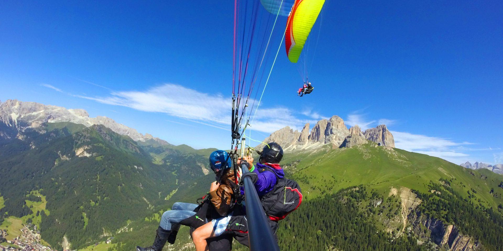 Classic paraglinding flight