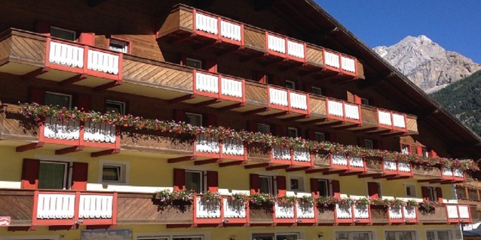Joy Hotel Fedaia