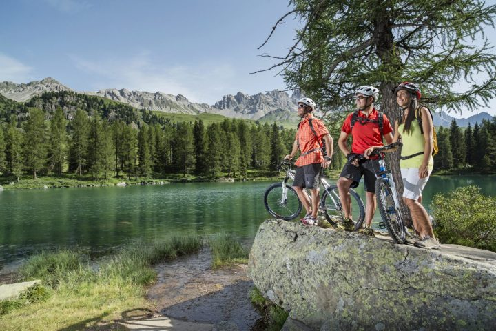 Lake Carezza on e-bike